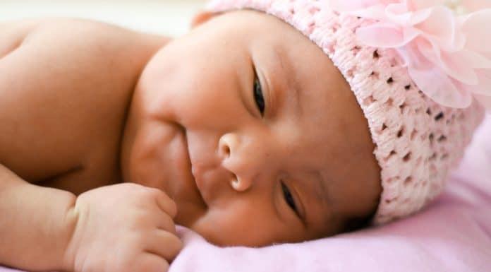 Bebe recien nacido primer mes del bebé Bebés recién nacidos