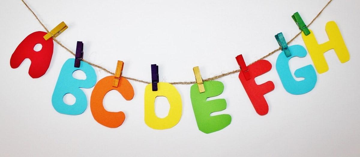 Letras para colorear y juegos para aprender el abecedario