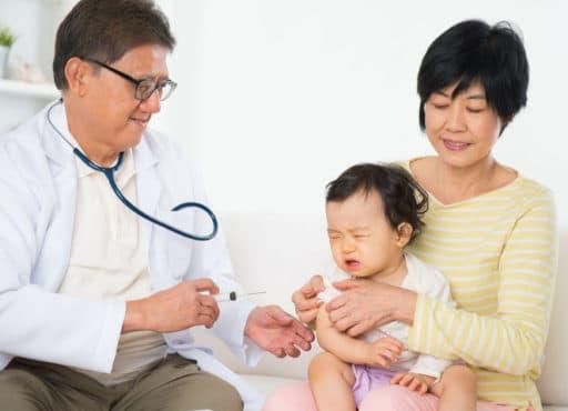 Visitas al pediatra y la calma.