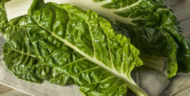 Enseñar a comer verduras para niños