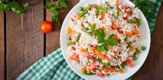 ingredientes originales para ensaladas Arroz con tomate