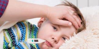 mucha fiebre en niños